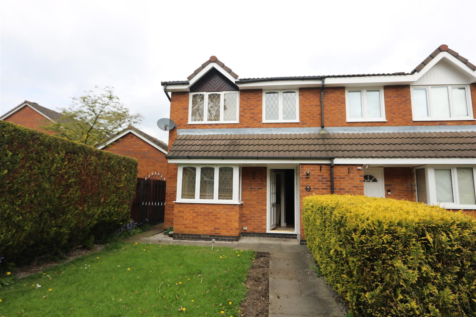 14 Willowbank, Radcliffe