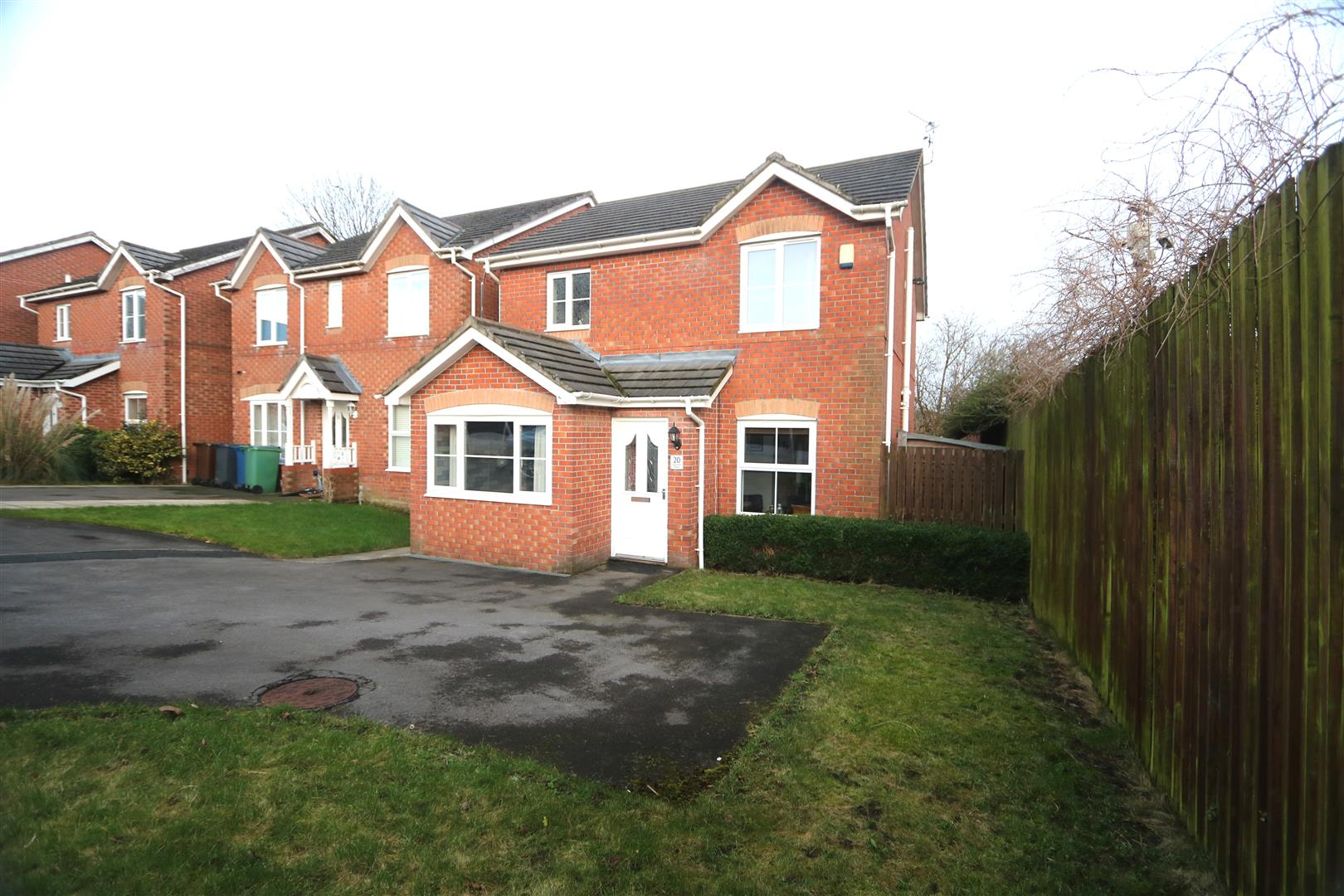 20 Parkside Mews, Whitefield