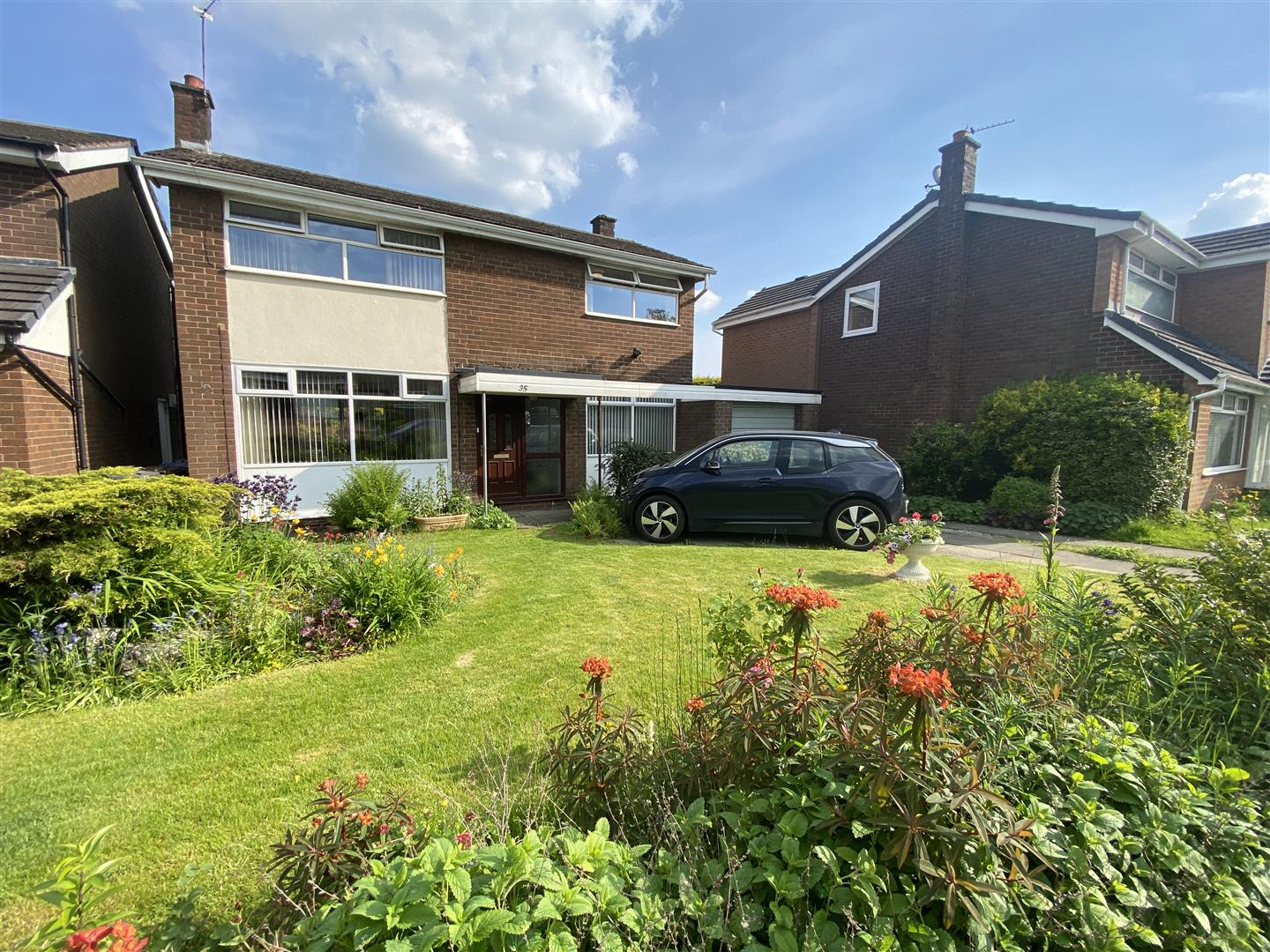 35 Ringley Drive, Whitefield