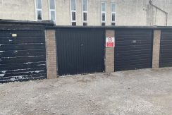 Garage 34 Dovehouse Close, Whitefield