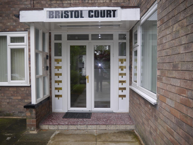 Flat 7, Bristol Court Bury Old Road
